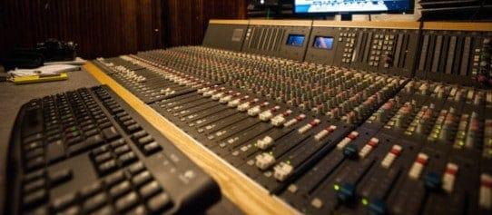 estudio grabacion interprete simultaneo